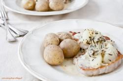 Kotlety schabowe z gruszką i gorgonzolą