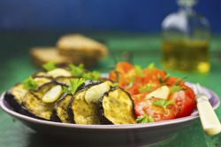Sałatka z Bakłażanem i Pomidorem