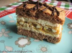 Ciasto z masą z serka mascarpone i michałkami :)