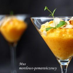 mus morelowo-pomarańczowy