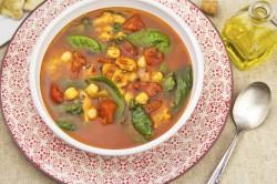 Pikantna Zupa Marokańska z Ciecierzycą