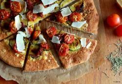 Pizza Bianco.