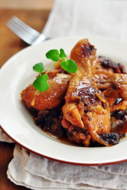 Potrawka z kurczaka z suszonymi śliwkami