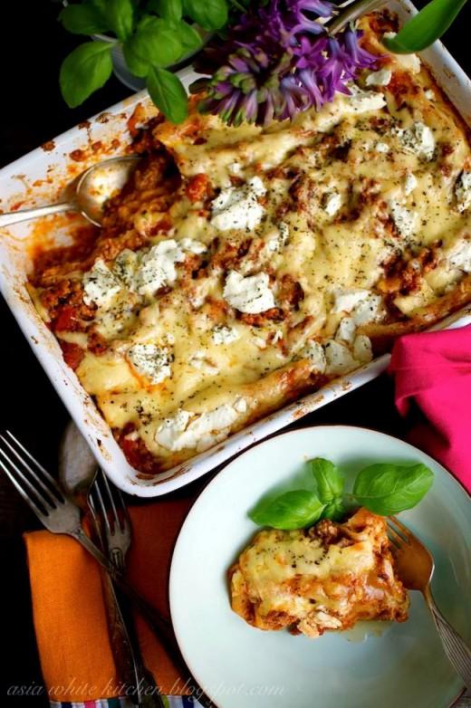 Cannelloni z sosem mięsno pieczarkowym