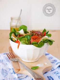 Pozywna sałatka z sercami karczocha i bazyliowym dressingiem Ósmy kolor tęczy – Blog kulinarny
