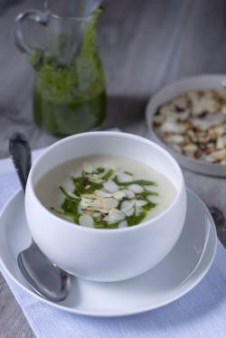Zupa krem z pietruszki z pietruszkowym pesto
