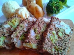 Anita Inspiruje: PRZEPIS – Pieczeń z mięsa mielonego z kalafiorem i brokułem