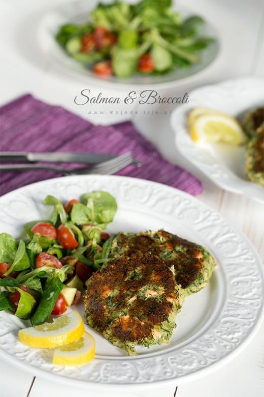 Burgery z łososiem, brokułem i ziemniakami z koperkiem | Moja Delicja