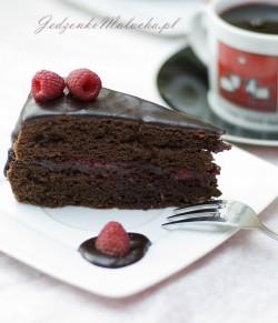 Ciasto kakaowe z malinami