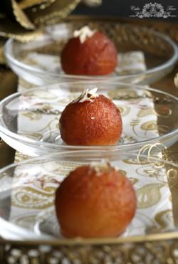 Gulab Jamun- indyjskie pączki