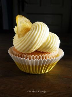 Babeczki waniliowe z kremem białoczekoladowo-cytrynowym