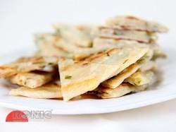 Chinese pancakes (tradycyjne chińskie placki z rozmaitymi dodatkami)