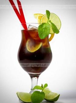Drink z coca- colą na upalne dni