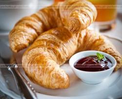 Francuskie rogaliki z serem
