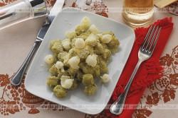 Kluski z kaszy manny z majerankiem