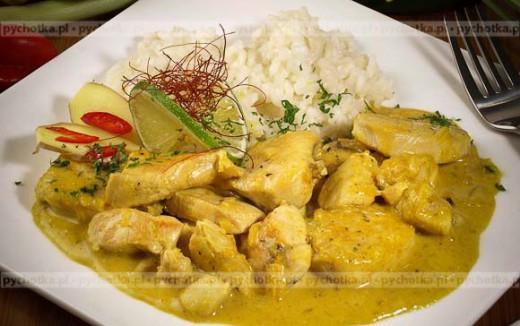 Piersi z kurczaka w słodko-pikantnym sosie