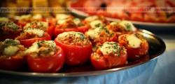 Pomidory faszerowane ryżem i serem pieczone na grillu