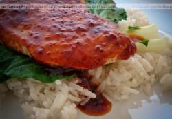Tilapia lub panga w sosie pomidorowym