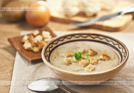 Zupa czosnkowa na wywarze warzywnym