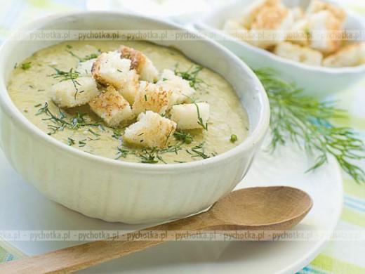 Zupa z kopru włoskiego i ciecierzycy