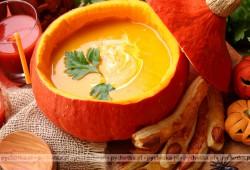 Chłodna zupa z dyni i pomarańczy