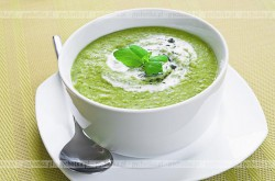 Zupa ze szpinaku z ryżem