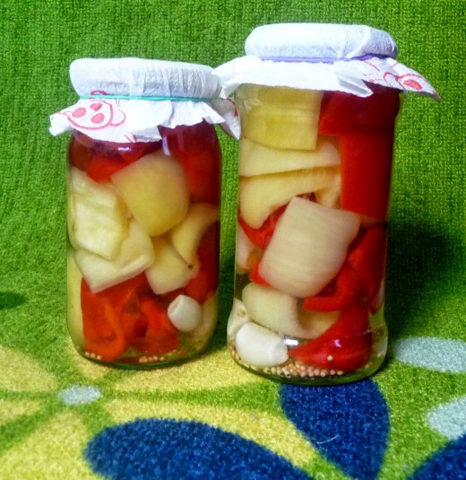 Świat Smaku: Papryka marynowana z czosnkiem