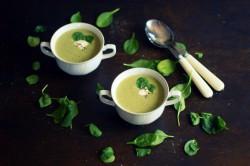 Zupa brokułowo-szpiankowa