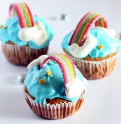 cupcakes tęczowe