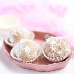Śnieżne trufle – kokosowe kuleczki jak Rafaello