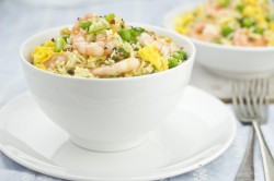 Ryż z Jajkiem, Krewetkami i Groszkiem