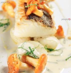 Ryba z kurkami