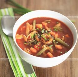 Zupa z fasolki szparagowej z ziemniakami