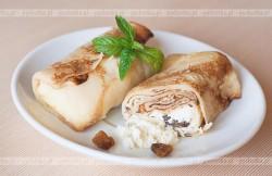 Farsz z białego sera do naleśników