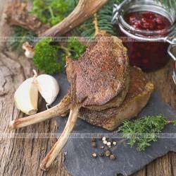 Jagnięce kotlety z rozmarynem