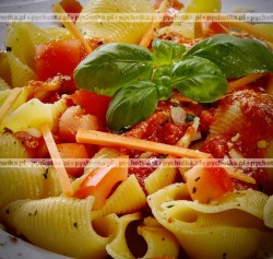 Makaron z pomidorami i parmezanem