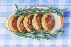 Placuszki serowe z marchwią