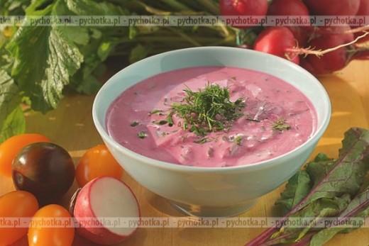 Zupa chłodnik na zsiadłym mleku