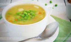 Zupa z kurczaka z groszkiem