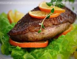 Kaczka pieczona z sosem z cytrusów