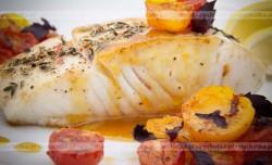 Opiekana ryba z zalewie pomidorowo-octowej