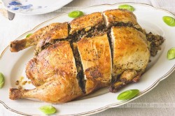 Kurczak faszerowany kaszą gryczaną