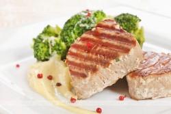 Stek z tuńczyka.