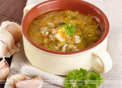 Zupa ogórkowa z kiszonym i świeżym ogórkiem