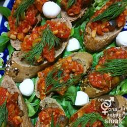 bagietki z kaparowo – czosnkową pastą – zobacz ich smak