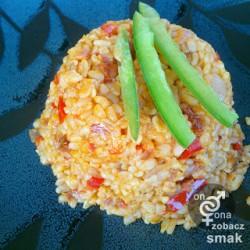 pilaw z bulguru z suszonymi pomidorami – zobacz ich smak