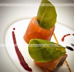 Roladki z wędzonego łososia