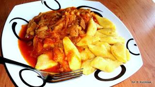 Bea(u)ty kitchen: Kopytka marchewkowe z gulaszem