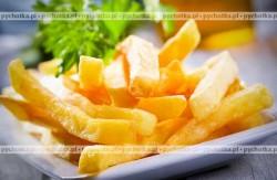 Frytki z żółtym serem