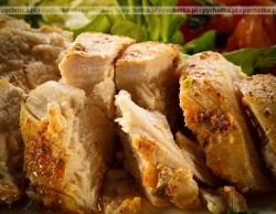 Piersi kurczaka z lubczykiem